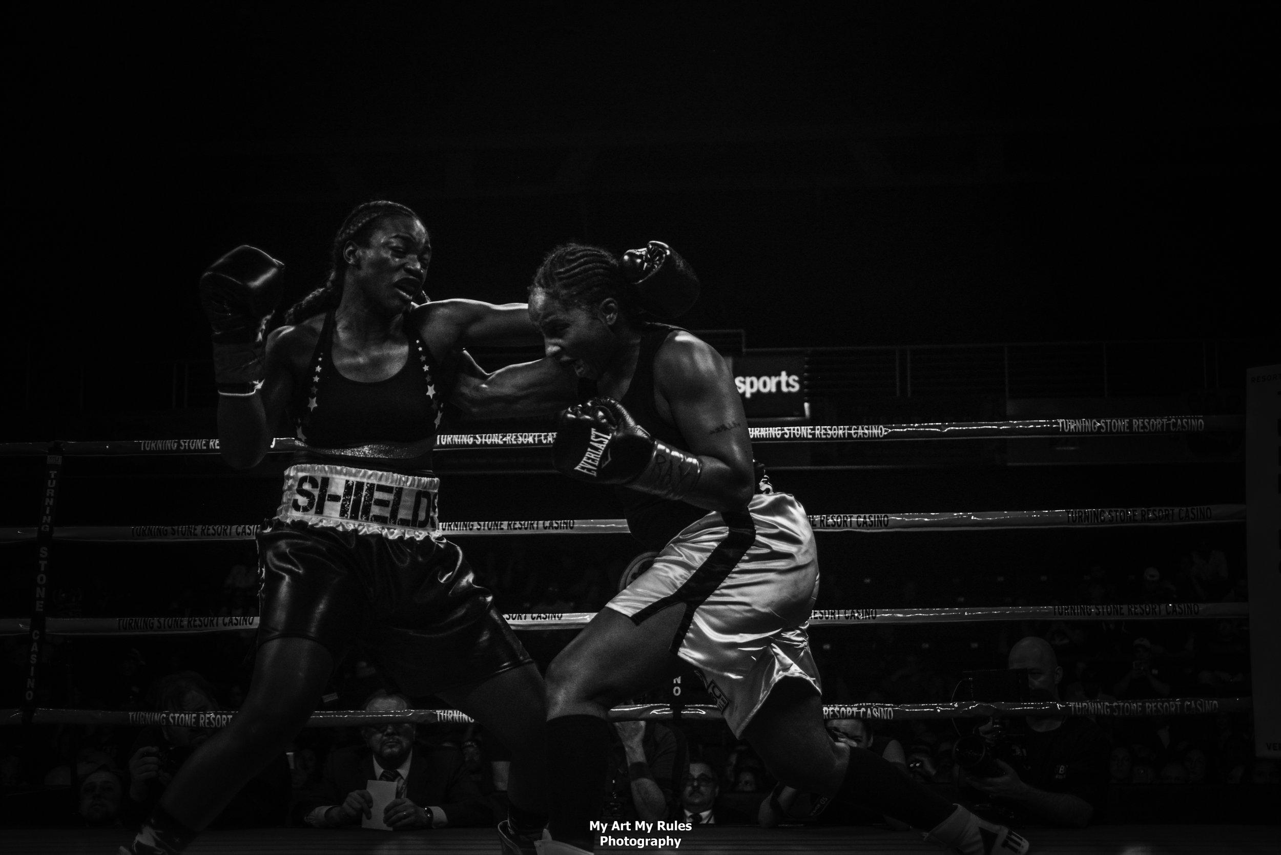 Claressa Shields vs Tori Nelson