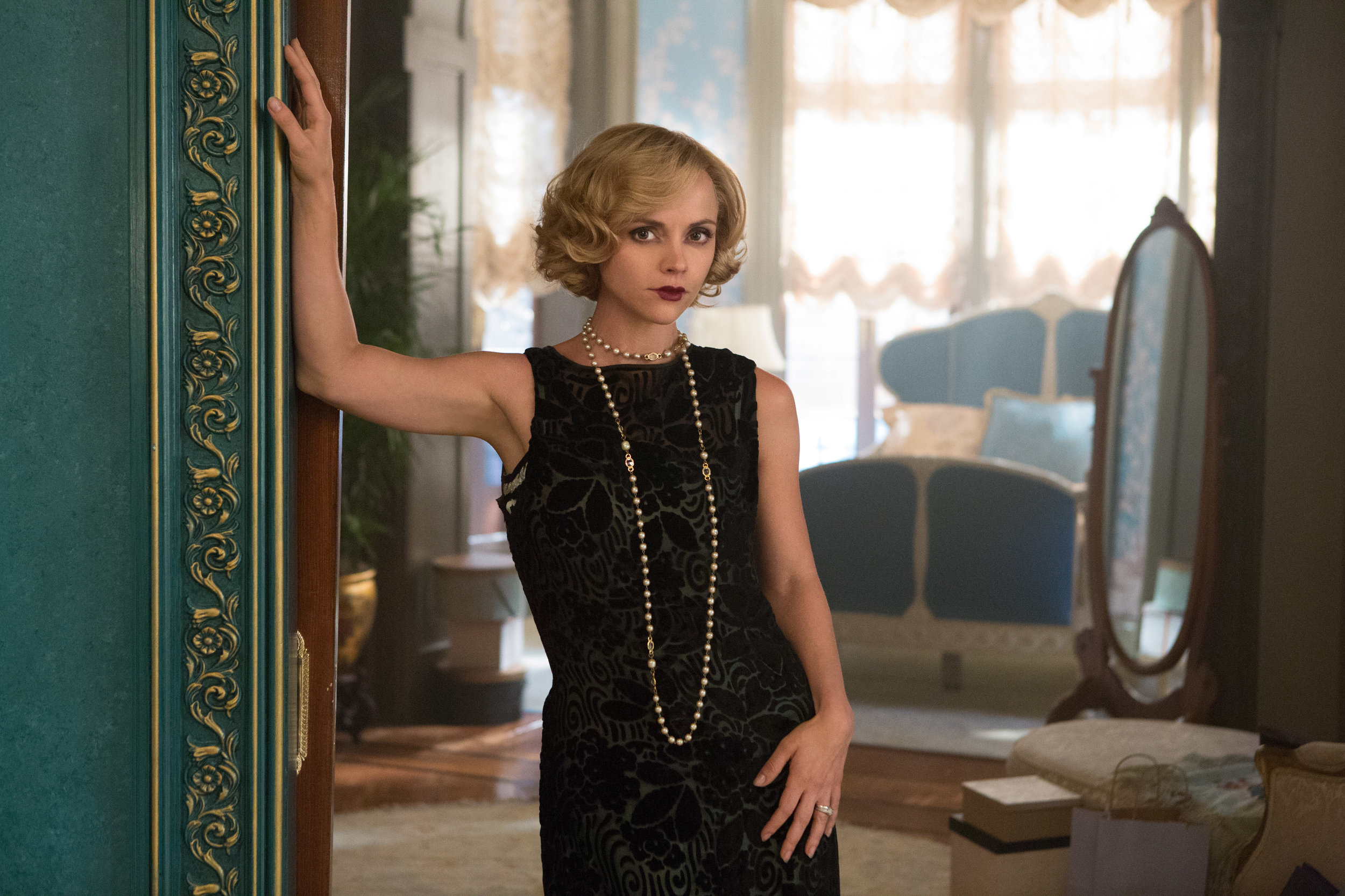 Uptown Girl: Christina Ricci (Zelda) in Amazon's  Z: The Beginning of Everything