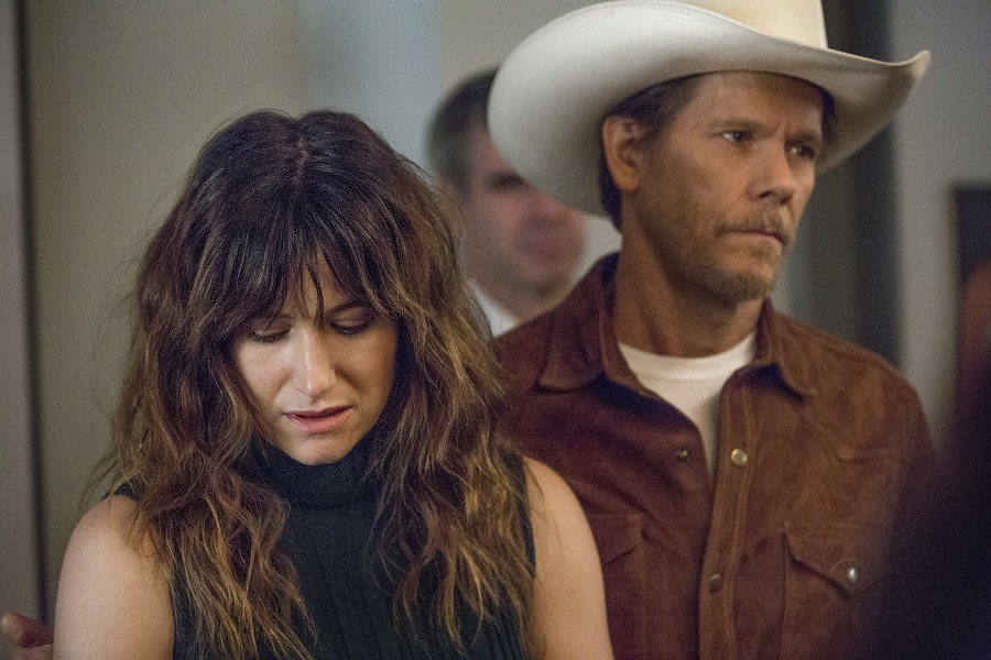 Texas Hold'em: Kathryn Hahn (Chris) and Kevin Bacon (Dick) in Amazon's  I Love Dick