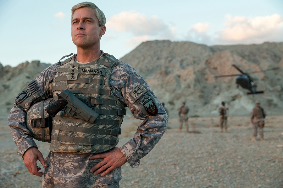 Soldiering On: Brad Pitt (General Glen McMahon) in Netflix's  War Machine