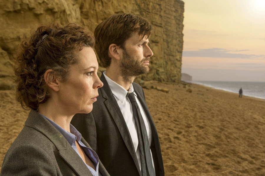 On the Beach: Olivia Colman (Ellie Miller) and David Tennant (Alec Hardy) in Netflix's  Broadchurch