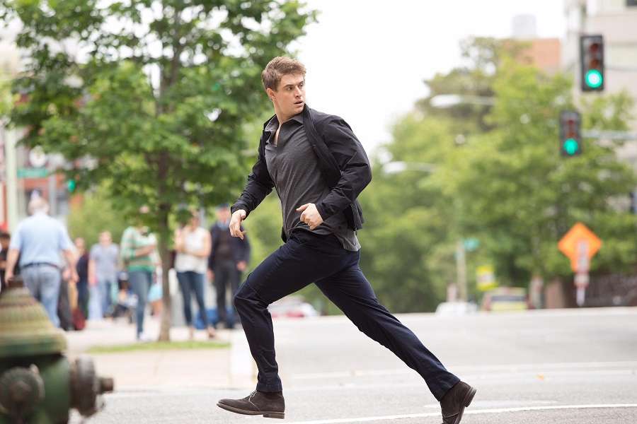 The Running Man: Max Irons (Joe Turner) in  Condor