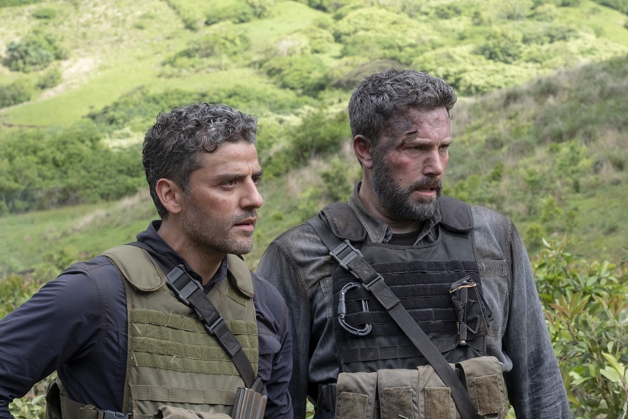 Welcome to the Jungle: Oscar Isaac (Santiago) and Ben Affleck (Tom) in  Triple Frontier