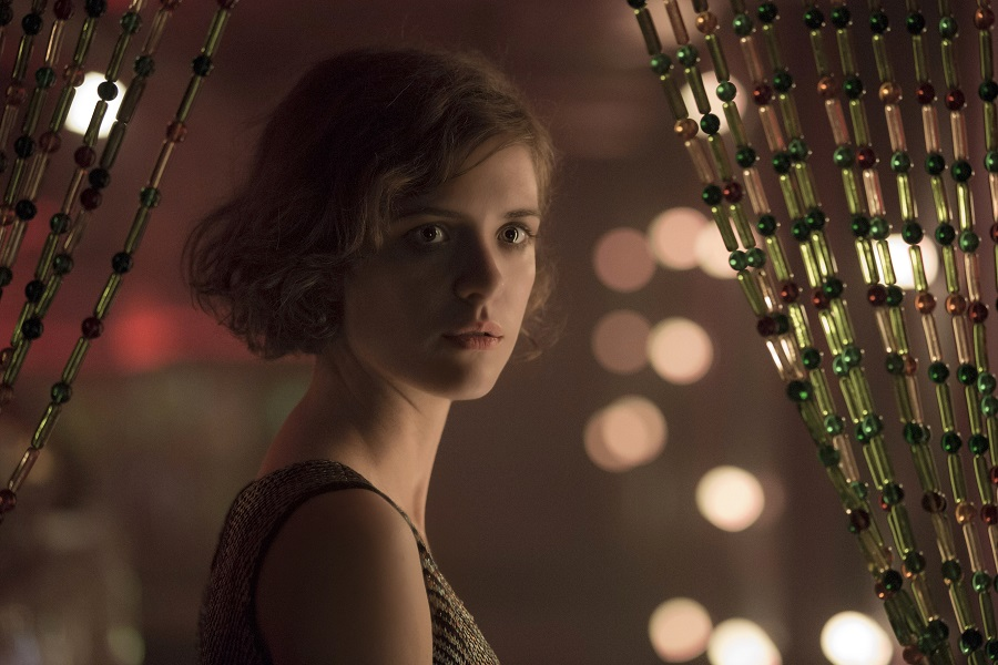 20th Century Design: Liv Lisa Fries (Charlotte Ritter) in  Babylon Berlin