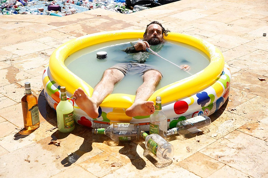 Pool Party: Will Forte (Phil Miller) in  Last Man on Earth