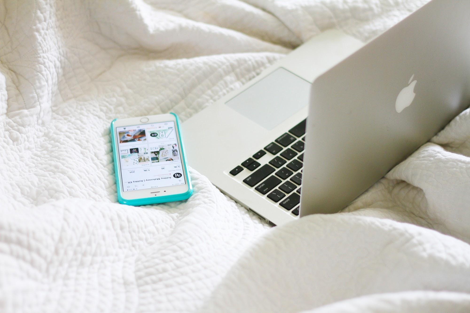 Creative-Womens-Circle-DIY-website-tips.jpg
