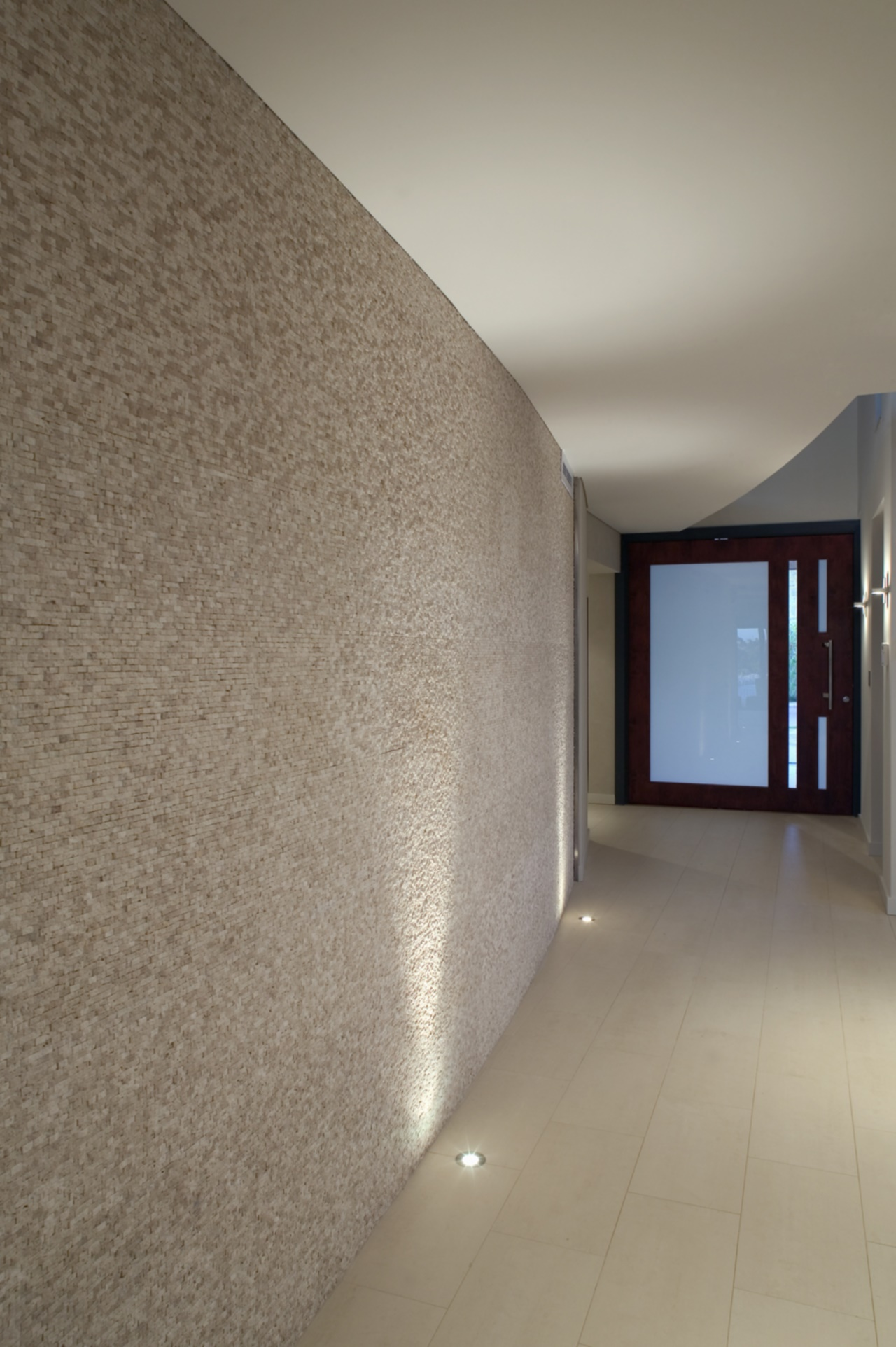 entry2n.jpg