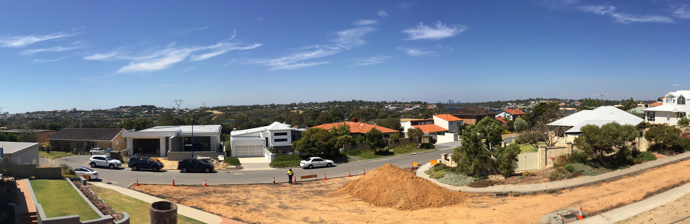 180 DEGREE VIEW OVER THE SWAN RIVER TO THE CITY OF PERTH