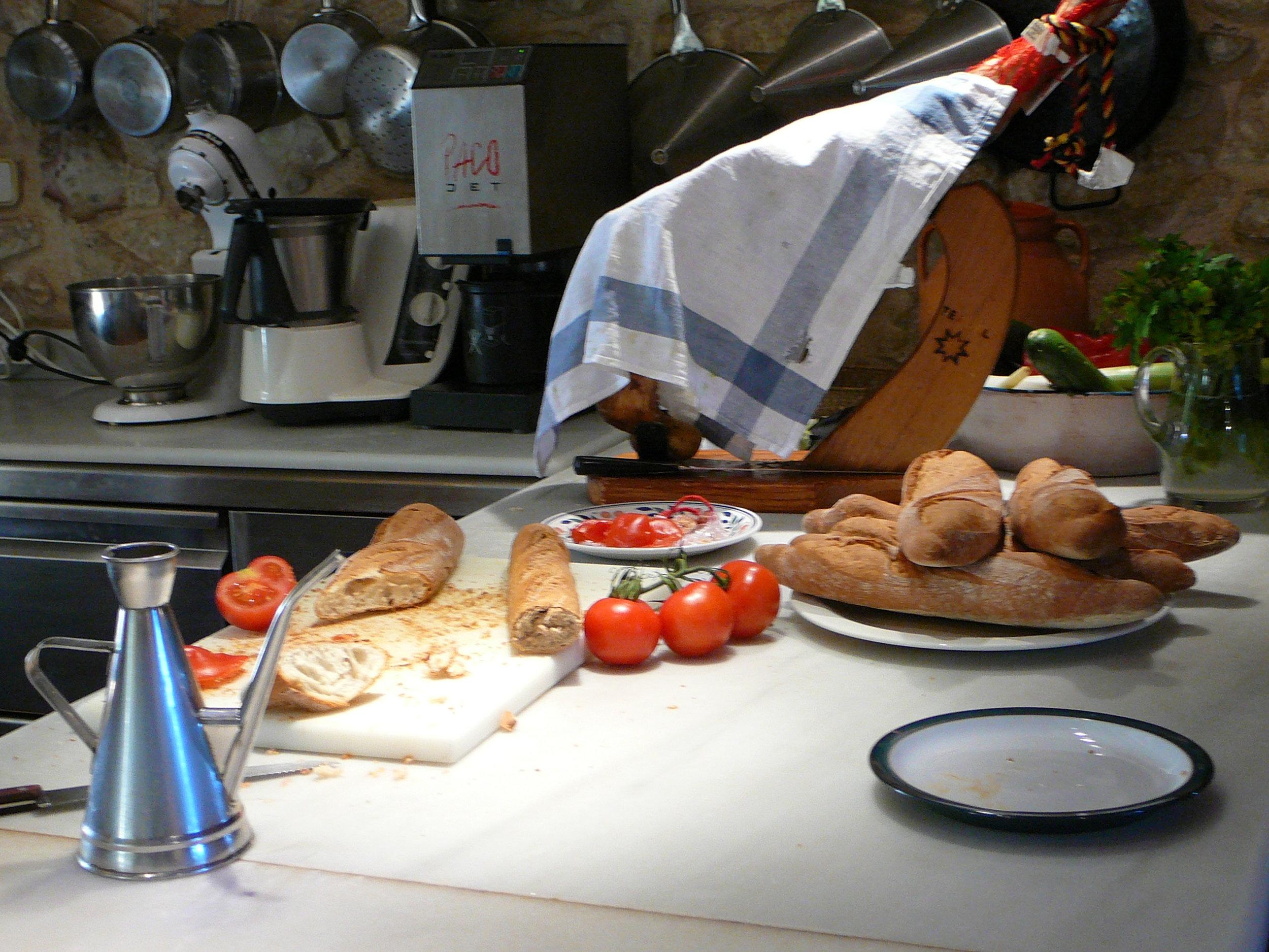 Getting ready for breakfast in Spain