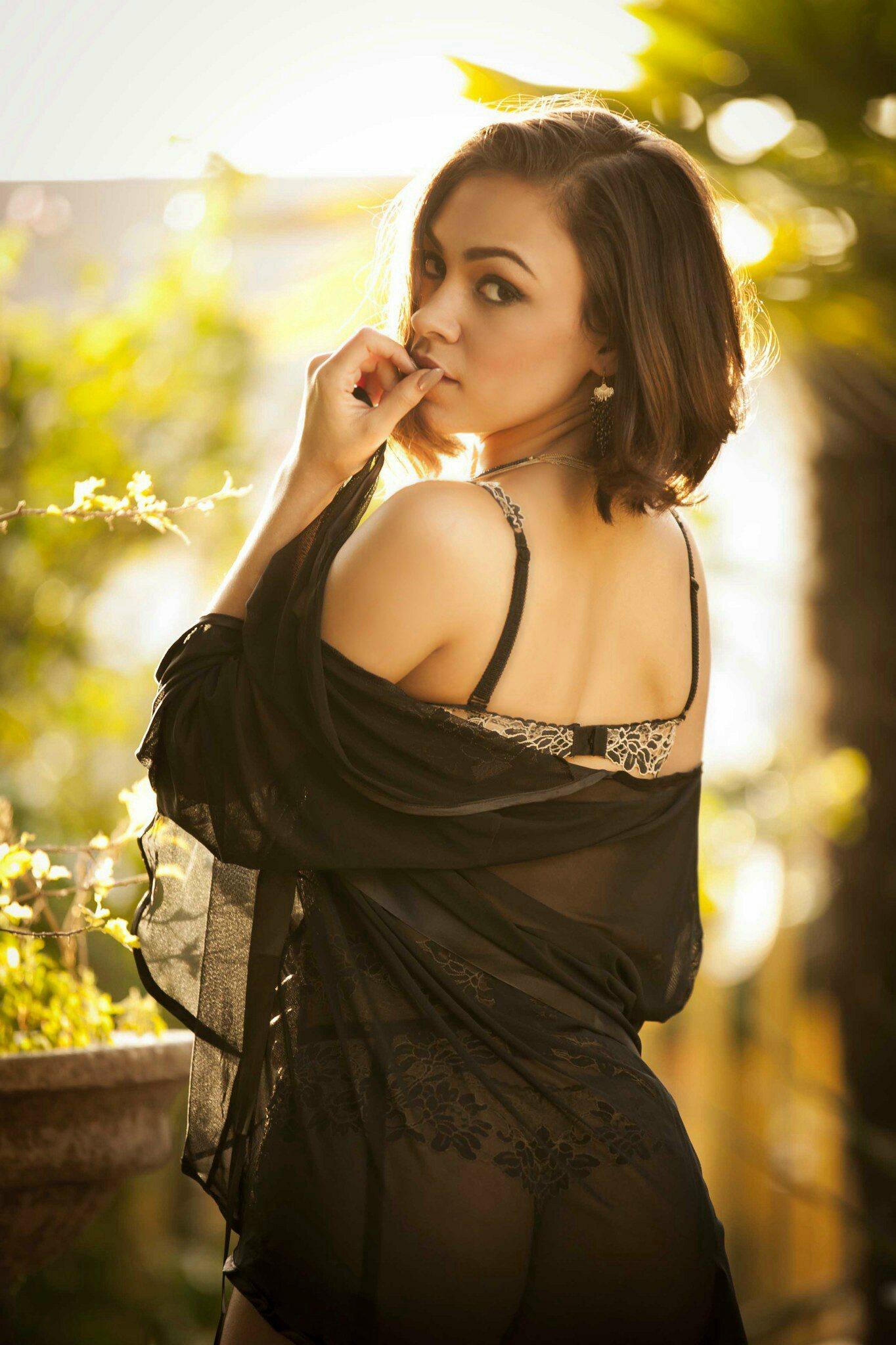 SHAWNIE RAFINER - Model/ Actress/SpokesModel