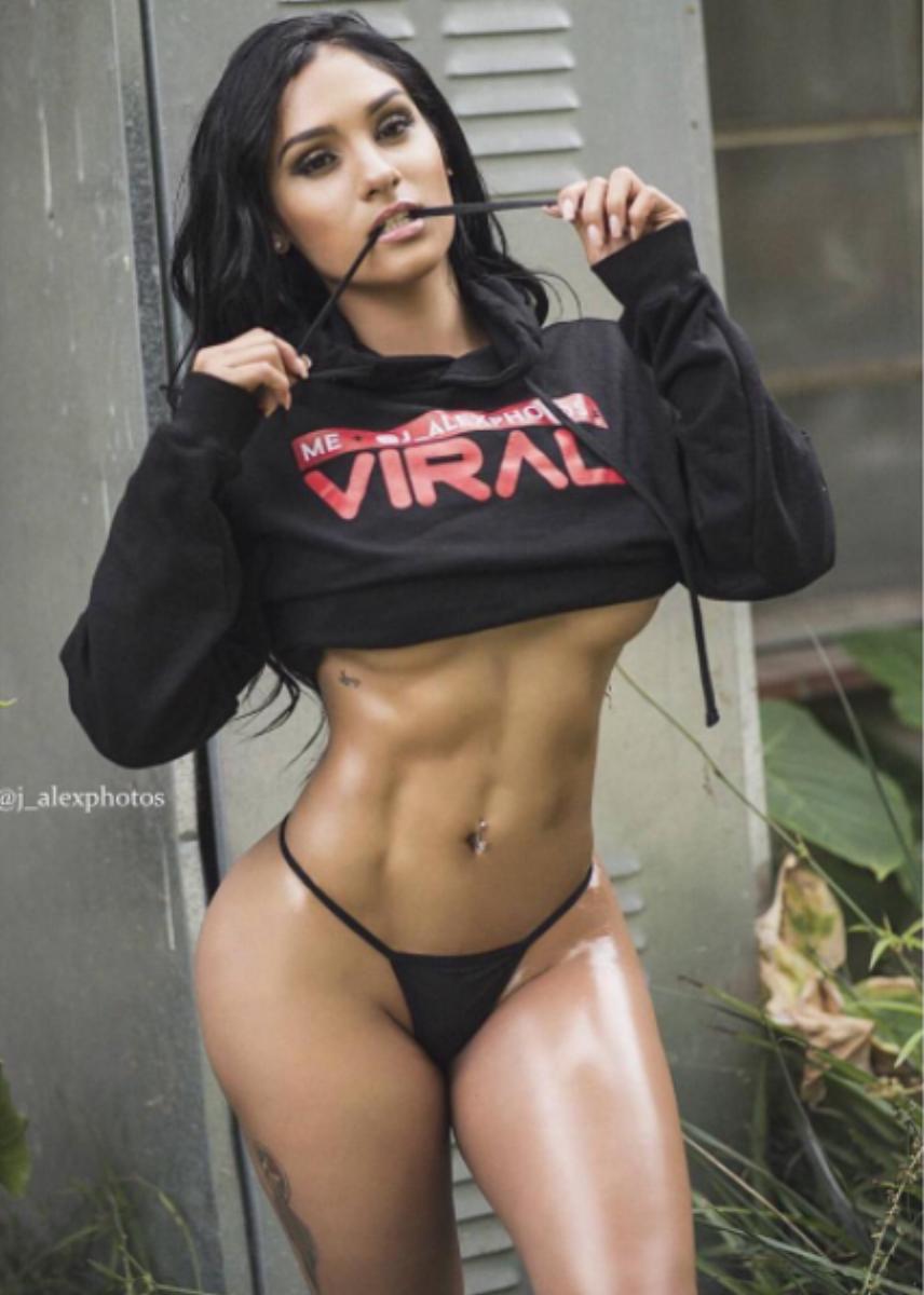 MELISSA GONZALEZ - Model/Actress/Spokesmodel