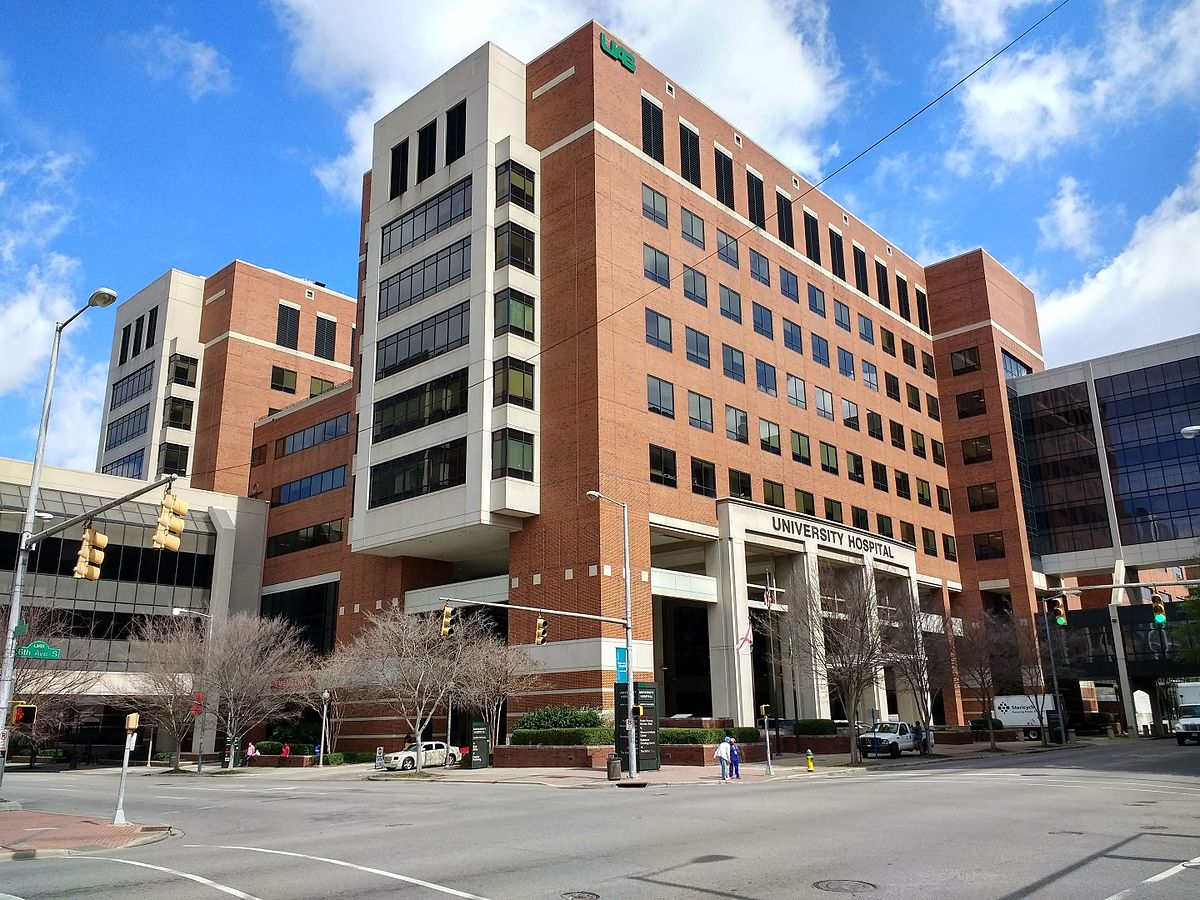 UAB_Hospital_in_Birmingham,_Alabama.jpg
