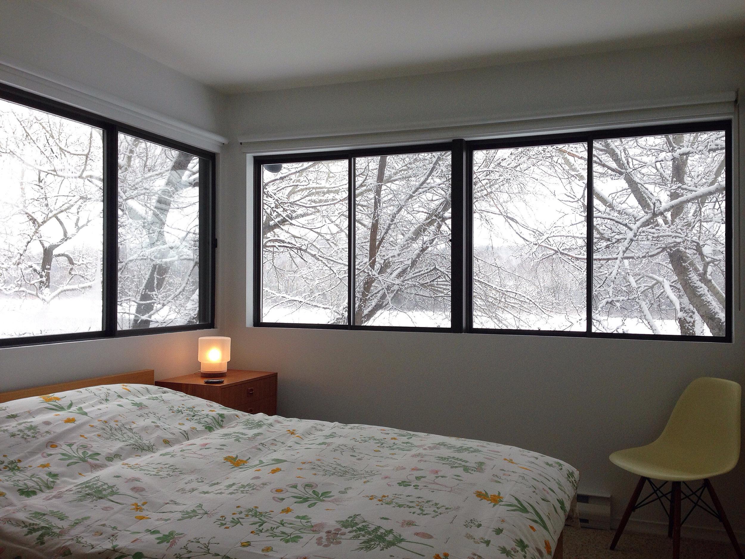 bedroom 3 winter wide.JPG
