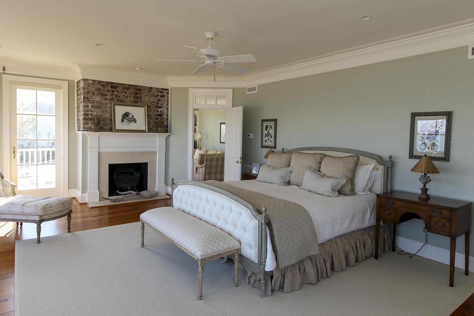PG Ocean - Master bedroom to seating RS.jpg
