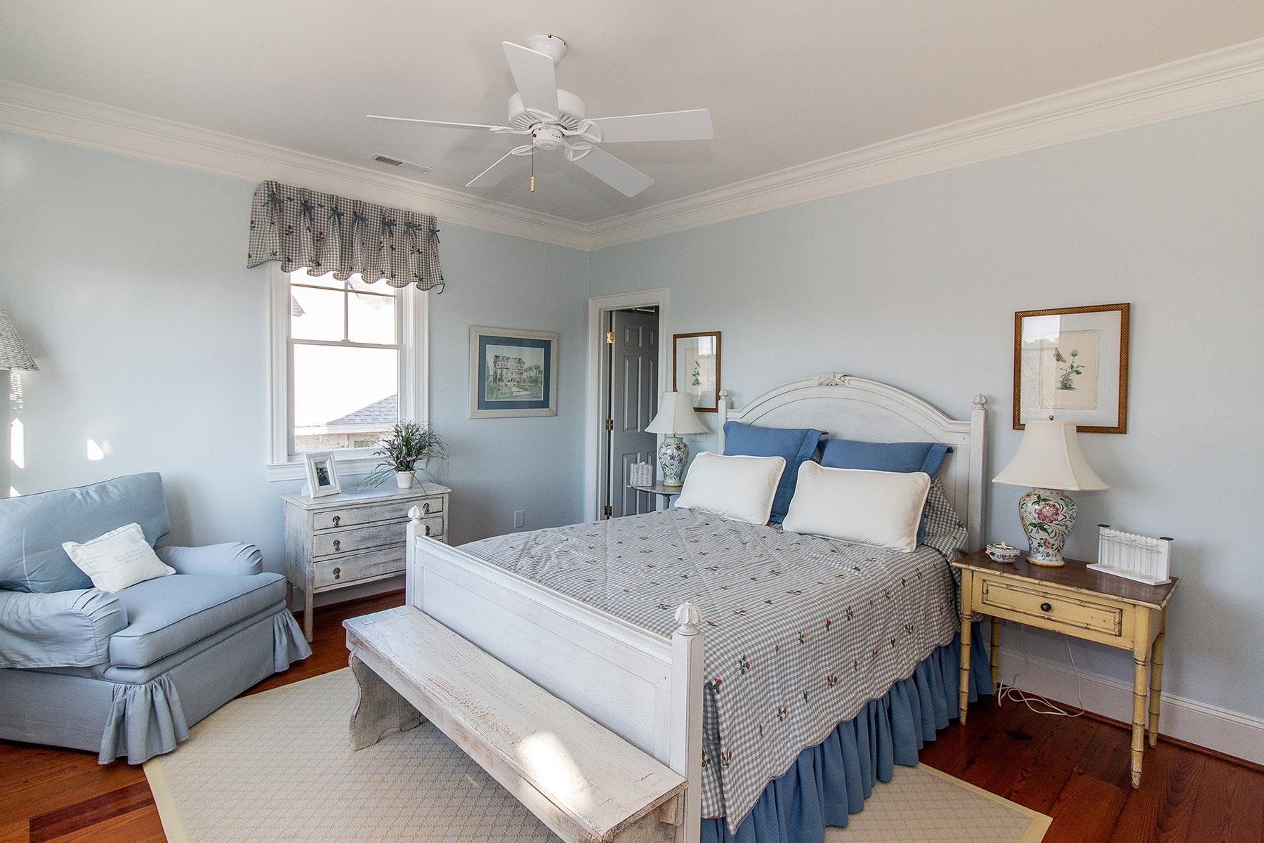 PG Ocean - blue bedroom RS.jpg