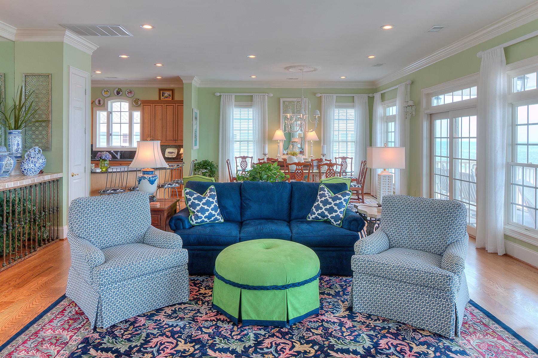 1271 Norris - Living room 3 MLS.jpg