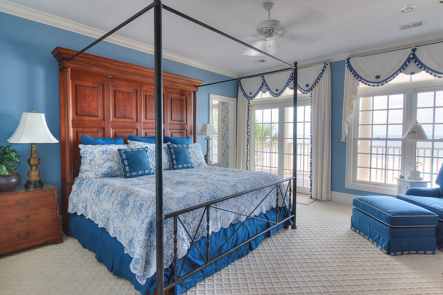 1271 Norris - blue master bedroom MLS.jpg