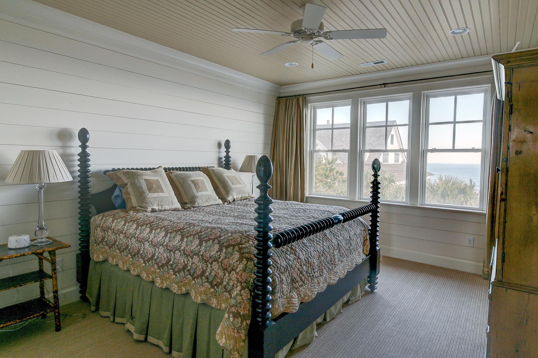 1107 Deb - bedroom 3a MLS.jpg