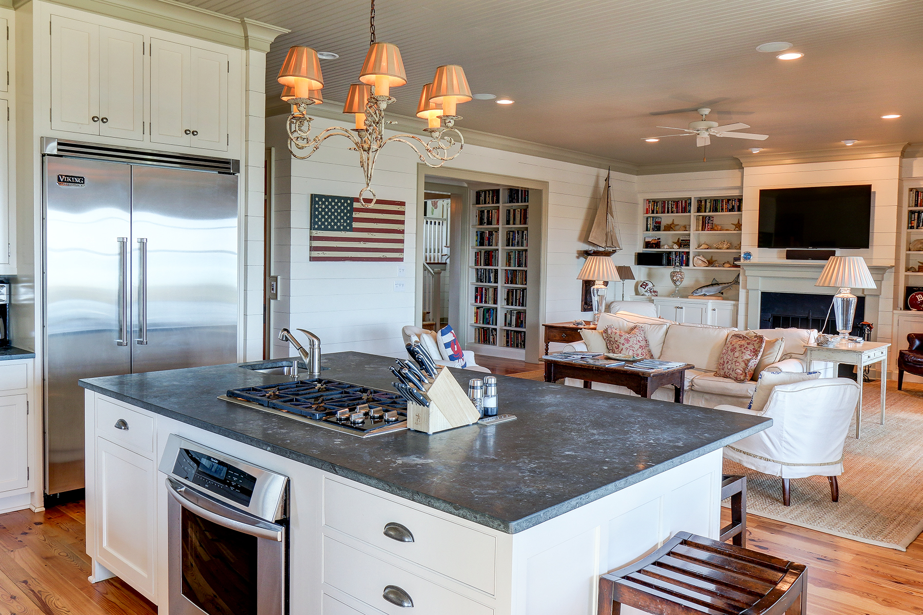 1107 Deb - kitchen to livingroom MLS.jpg