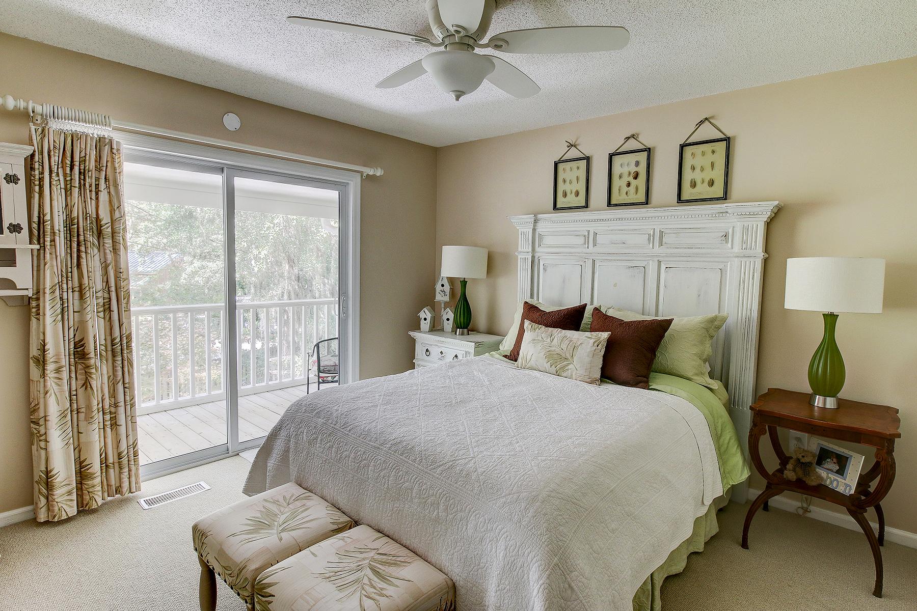 39 Lancer - Palm bedroom MLS.jpg