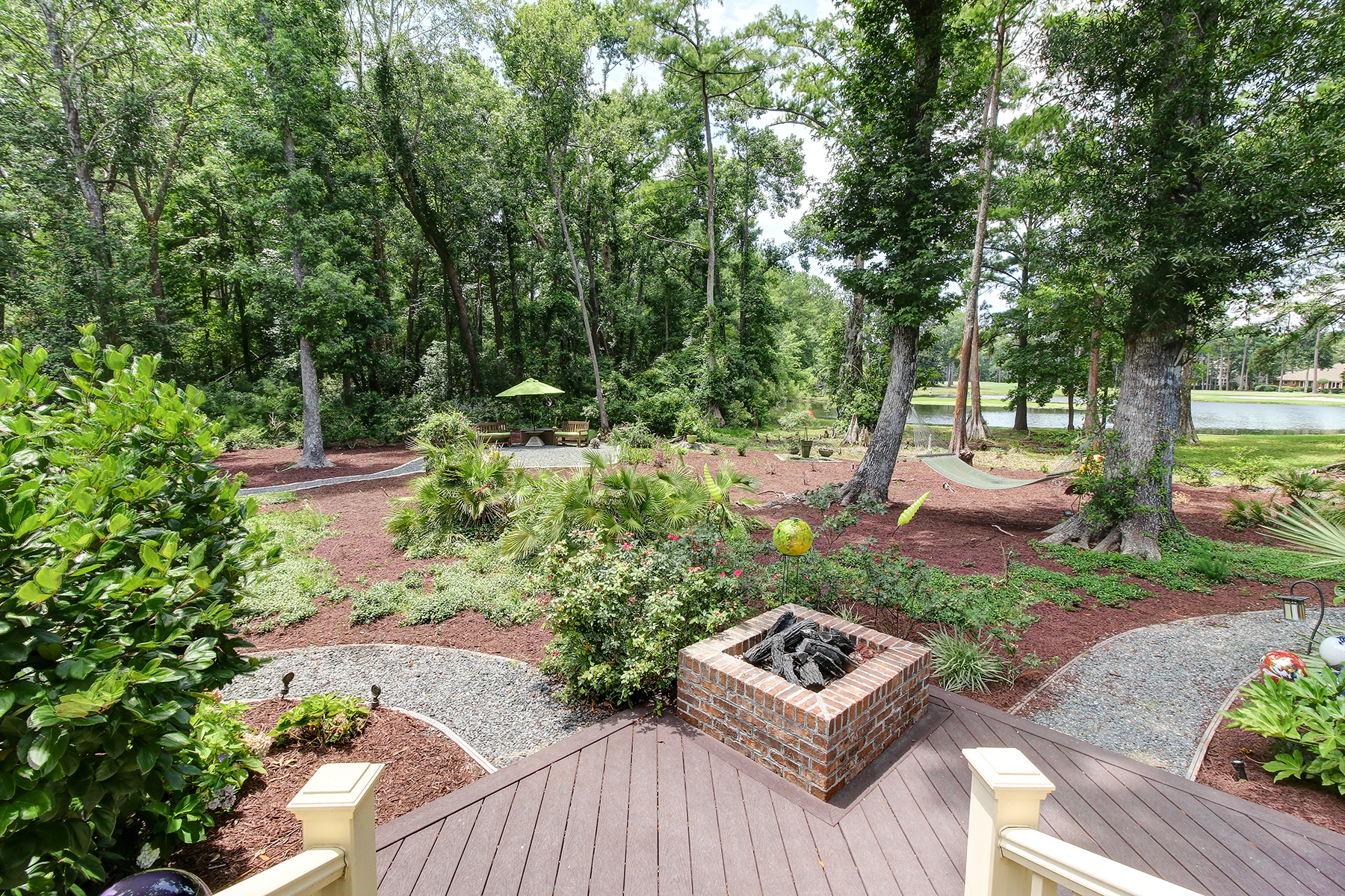 28 Sandwedge - back yard MLS.jpg