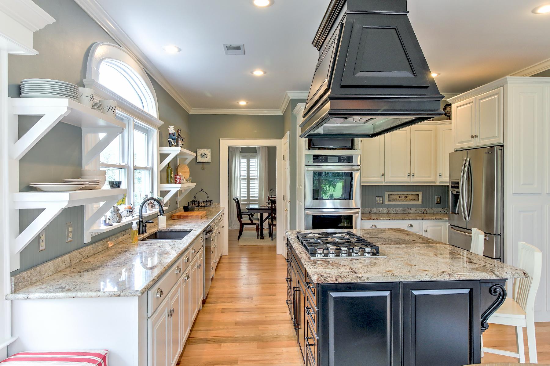 Salt Creek - kitchen 2 MLS.jpg