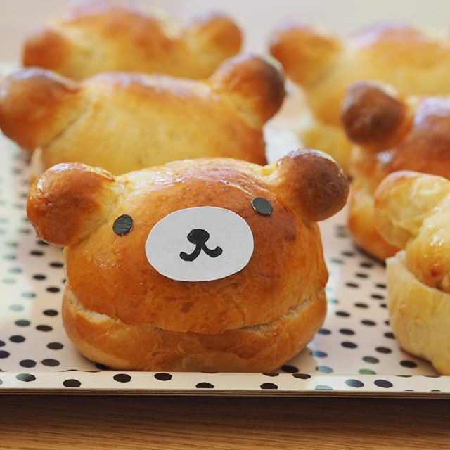 Got to share with you my little triumph! Here's my attempt at making Rilakkuma mini burger buns! I can't believe they worked. I am very nervous at cooking anything with yeast (never has worked!). Still need to workout how I am going to tackle the faces! . Alice's 'Kawaii Party' is this weekend. I am so excited with baking and decorating for this party - next up Hello Kitty macarons and Pusheen Cookies! 🤪Wish me luck! 🤞🏻