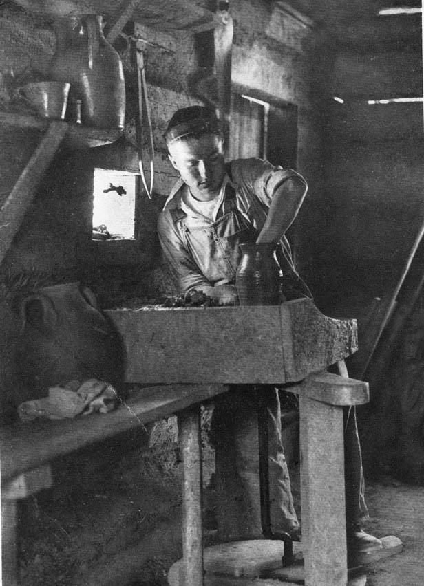 Charlie Teague 1926 samll file.jpg