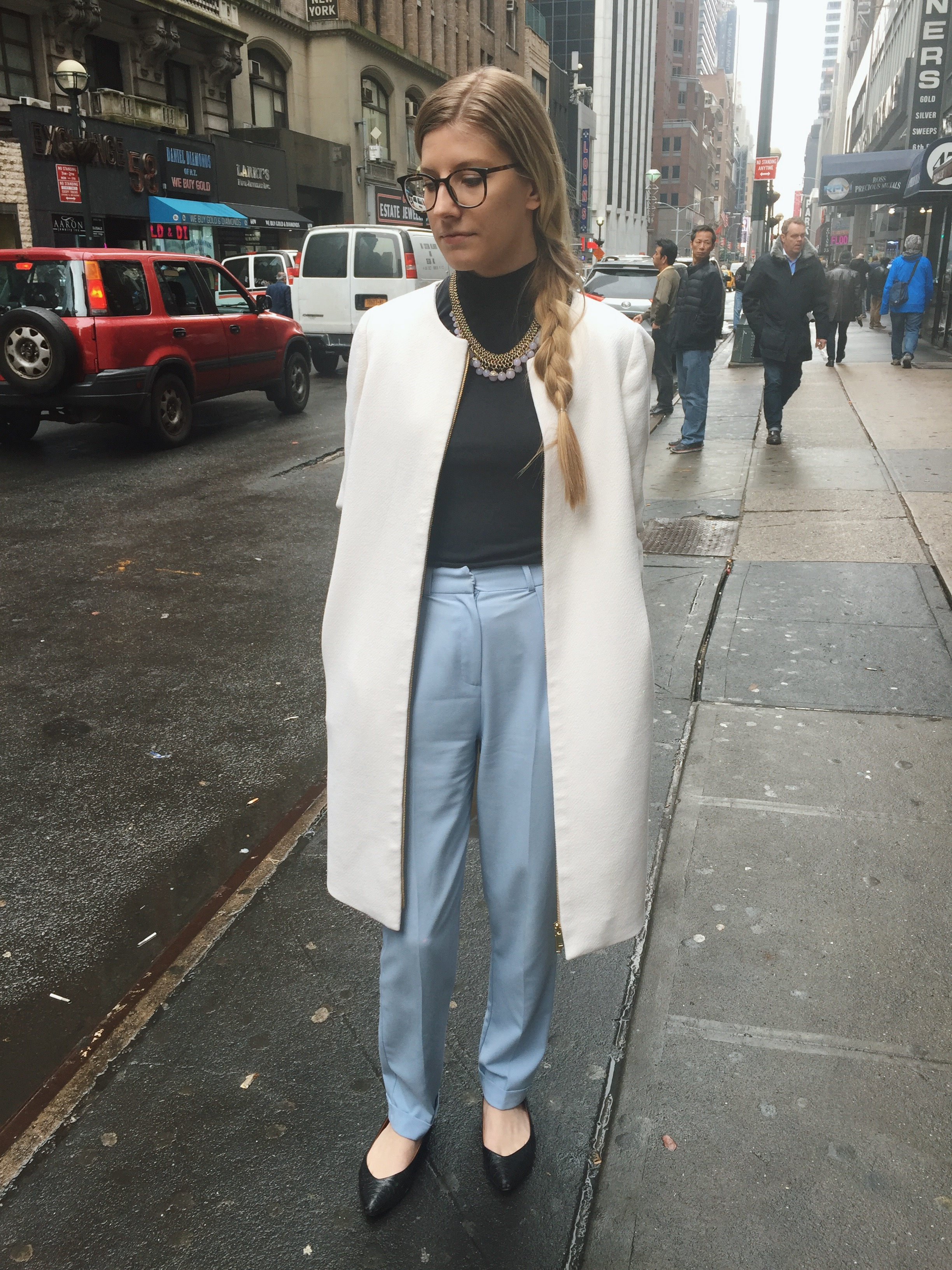 Diamond District, Manhattan (this photo was taken right after I purchased this coat secondhand from a friend)  February 2017