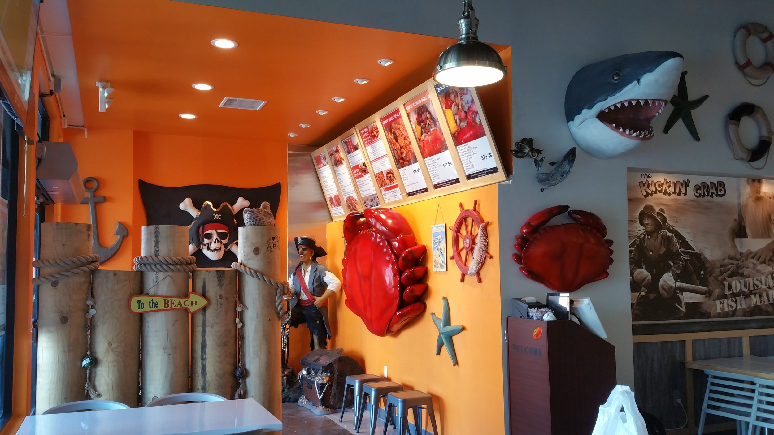 Photo inside of Kickin' Crab Hollywood Interior