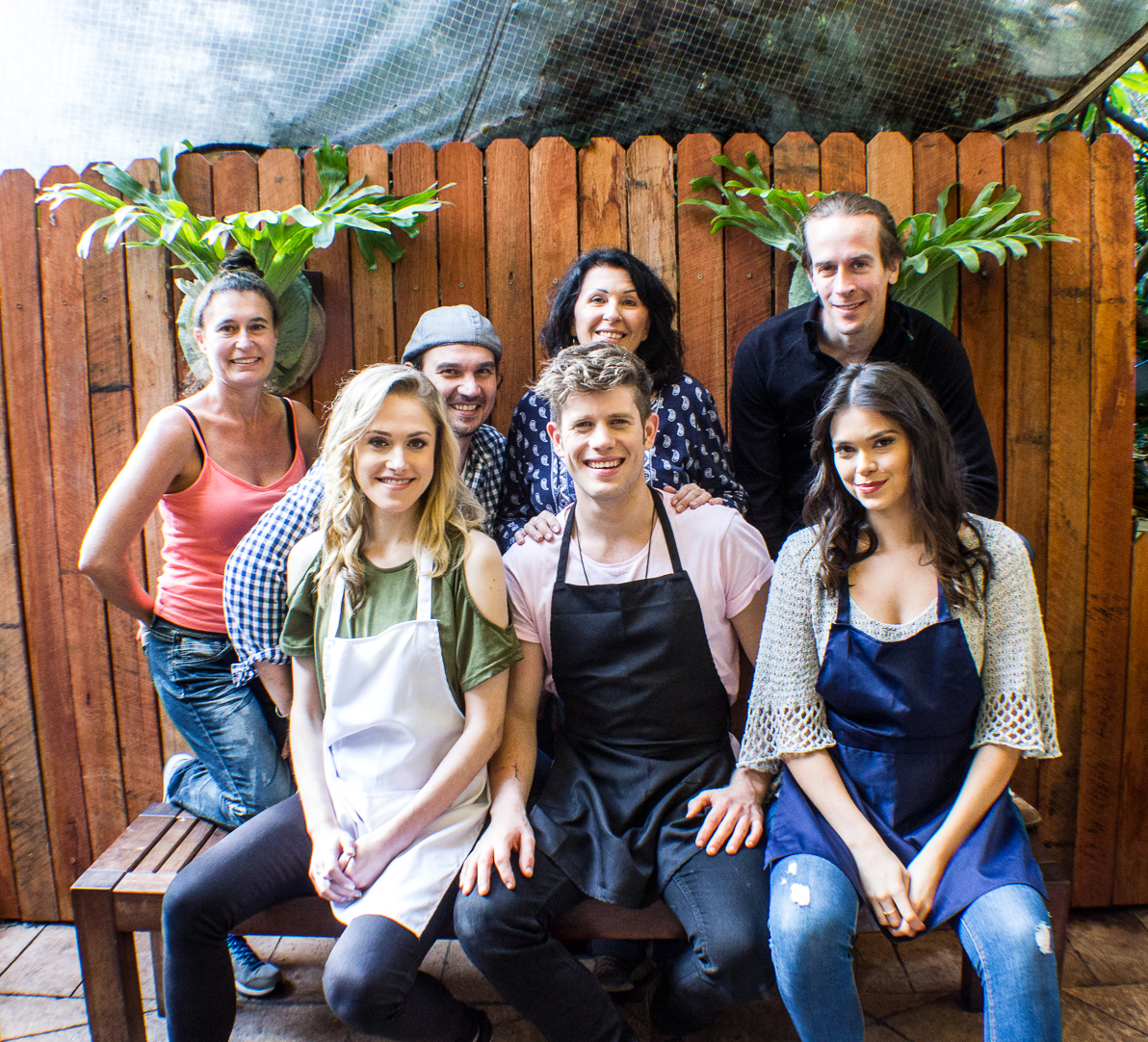 Chefs in the Raw Cooking Show