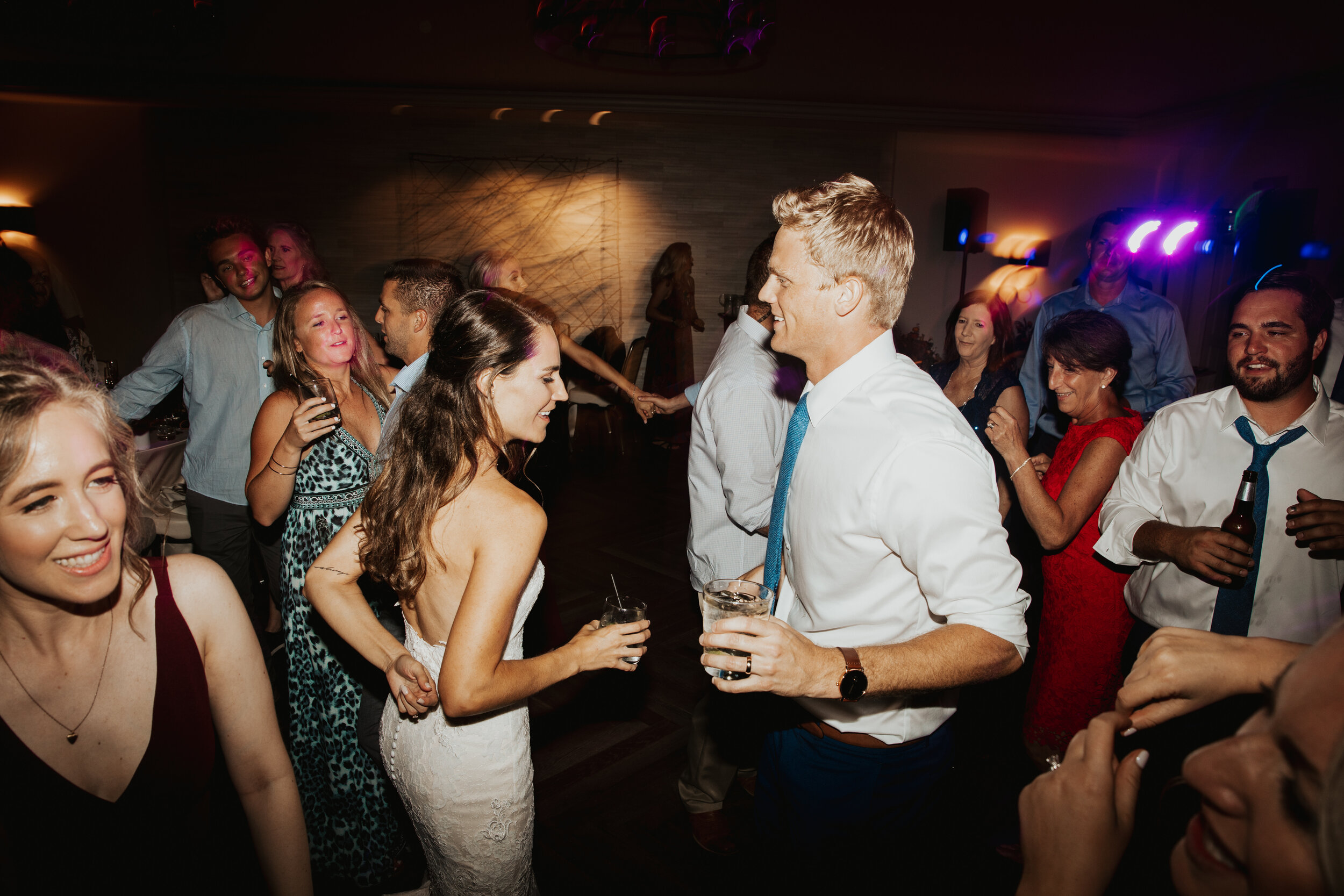 We love the La Jolla area. Wether you are getting married at a private residence or at one of the many beautiful venues we have the experience to handle your unique, beautiful, and fun wedding. -