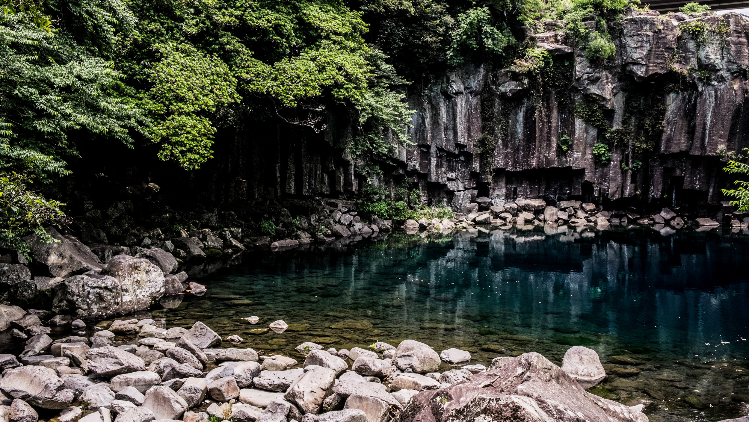 waterfall5.jpg