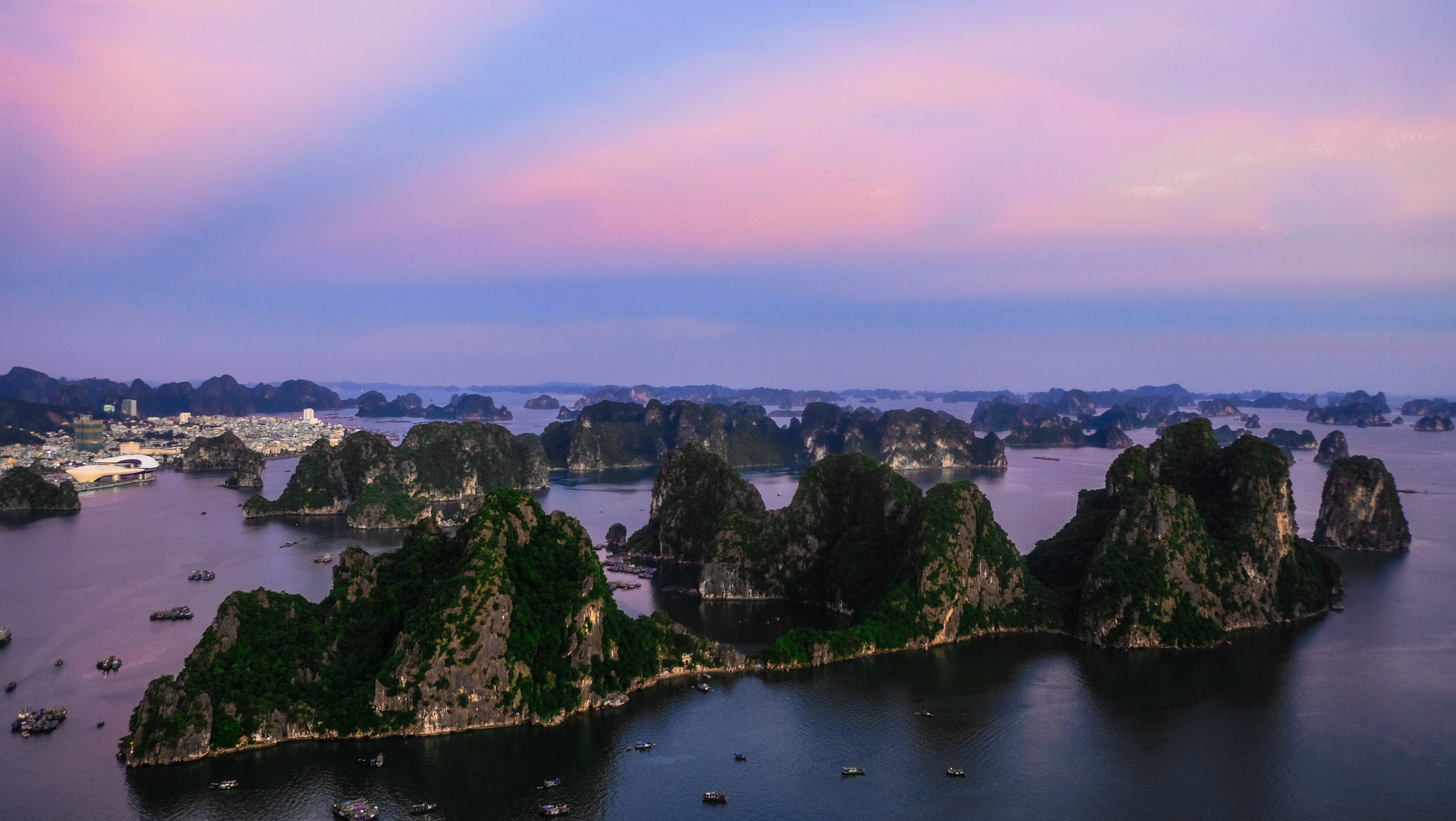 Poem Mountain Ha Long Bay