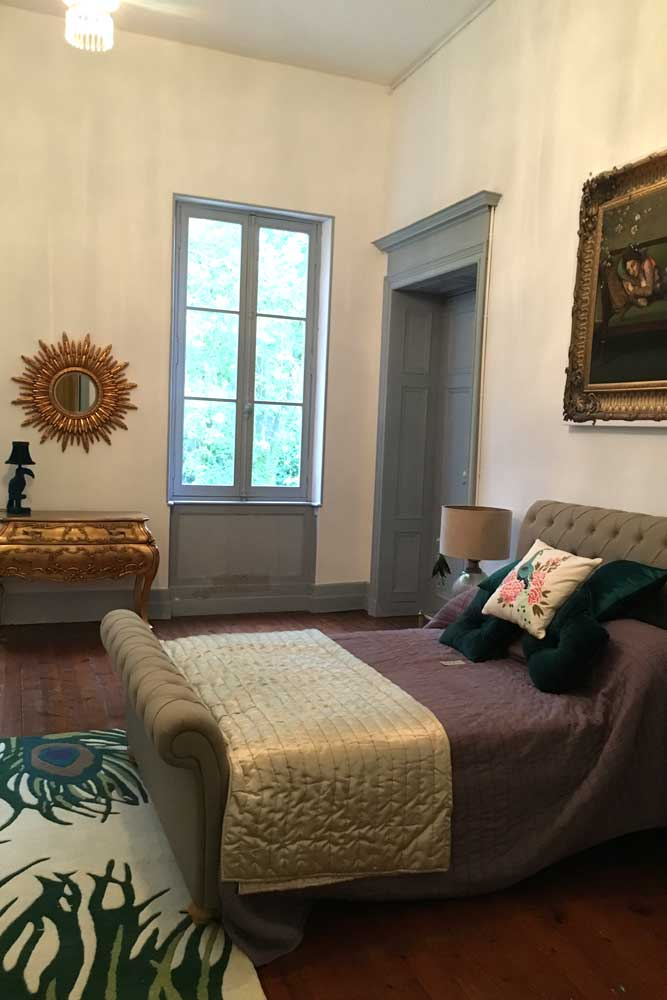 Chateau accommodation with sumptuous bed