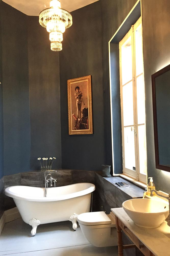 Luxury Chateau for rent with Stiffkey Blue bathroom walls