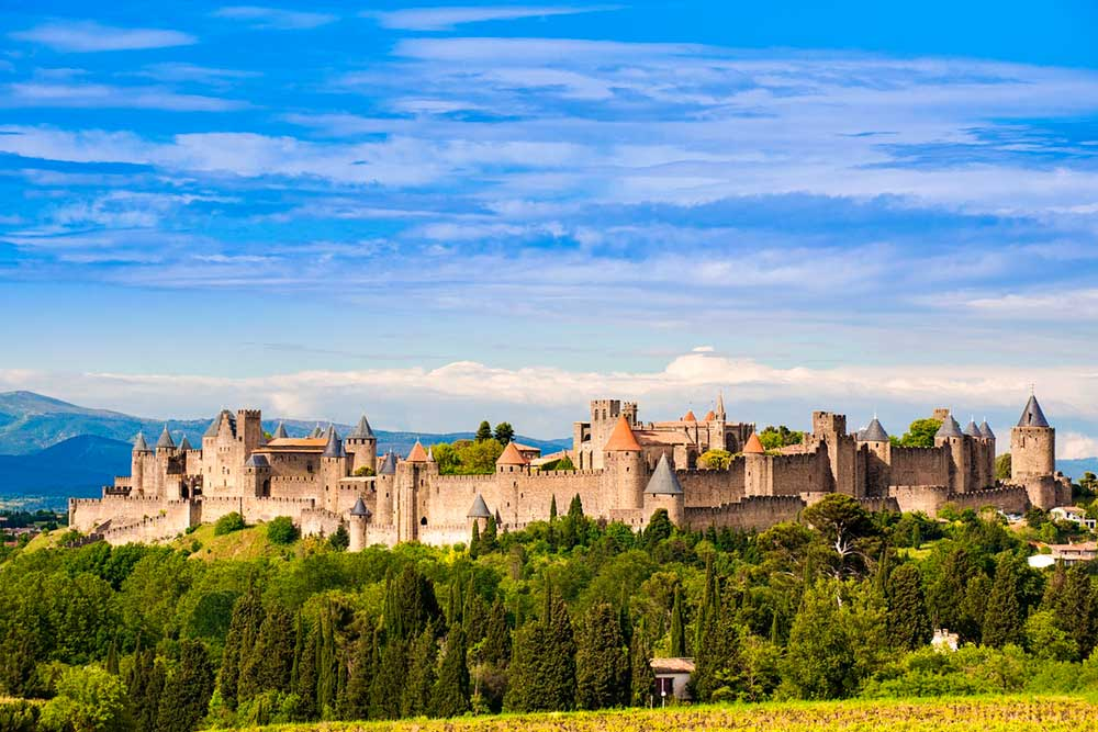 Visit Carcassonne easiliy from Chateau JAC