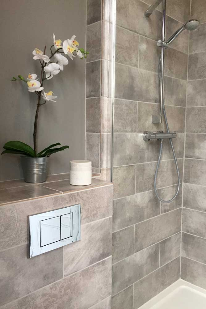 Chateau for rent with hansgrohe shower