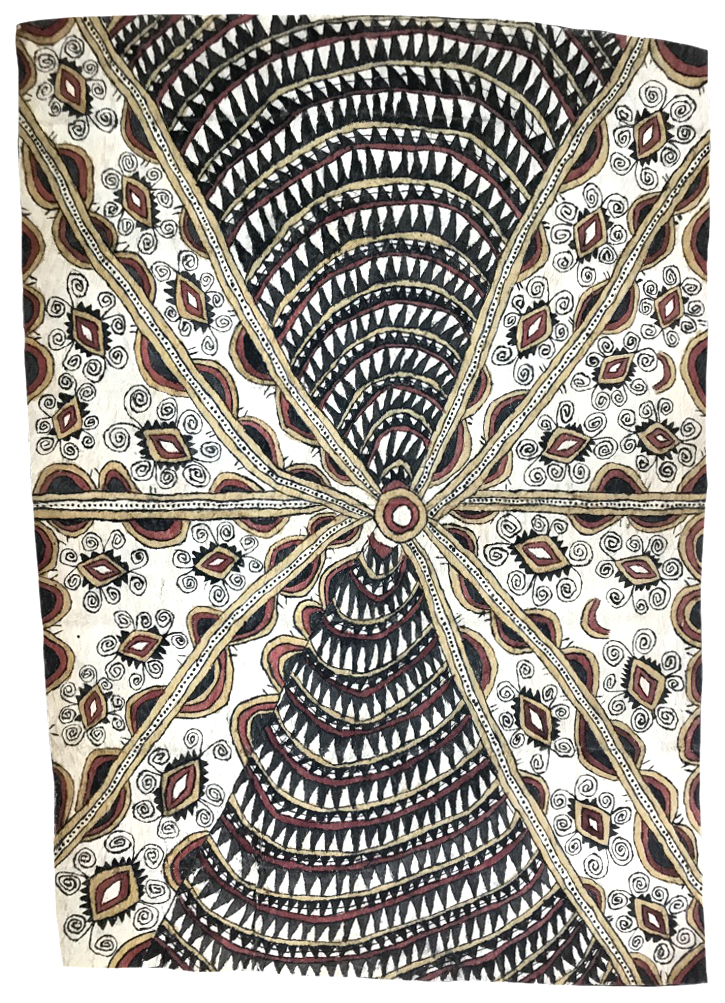 Ilma Savari (Ajikum'e)    Vaig'e, vinohu'e, sabu ahe, soru'e ohu'o mokoj'e an'e   Design of the bush snail, design of the bellybutton, spots of the  wood-boring grub, tattoos and beaks of the parrot  102 x 72cm  Natural pigments on nioge (barkcloth), 2017