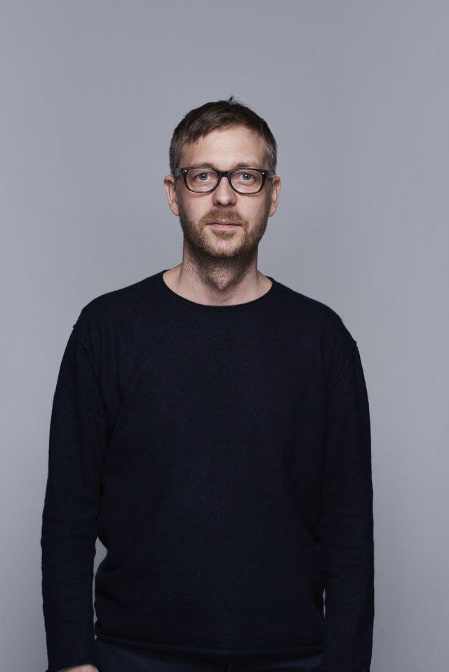 <strong>Oscar Karlsson</strong><br>Creative Director<br>oscar@above.se<br>+46 702 530 388