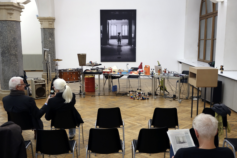 Kunsthalle Rathausgalerie: Kunst oder Unfall in concert (Kalle Laar, Augusta Laar, Jost Hecker, Herbert Nauderer).