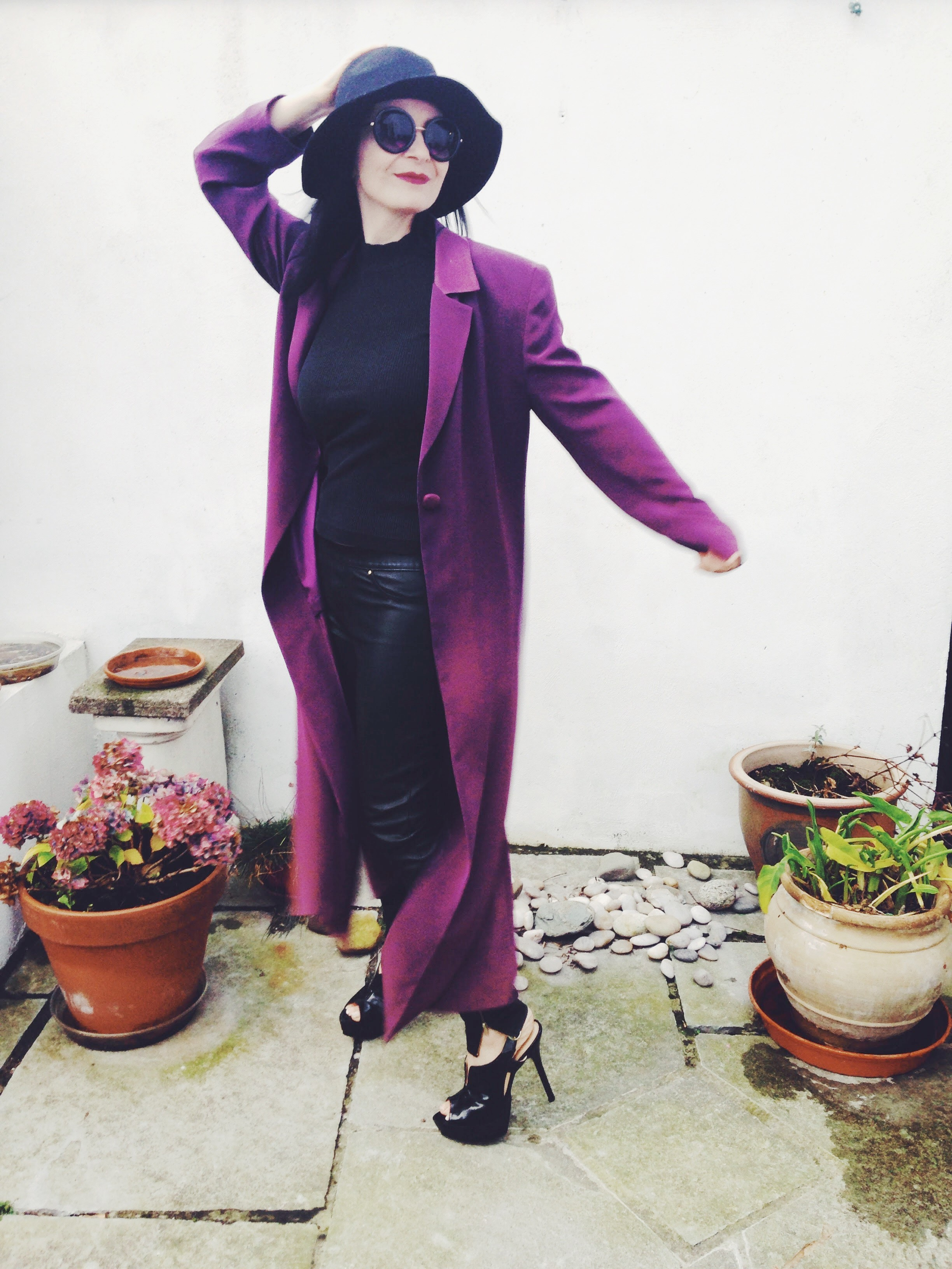 An 80s Duster Coat gives this look an edge!