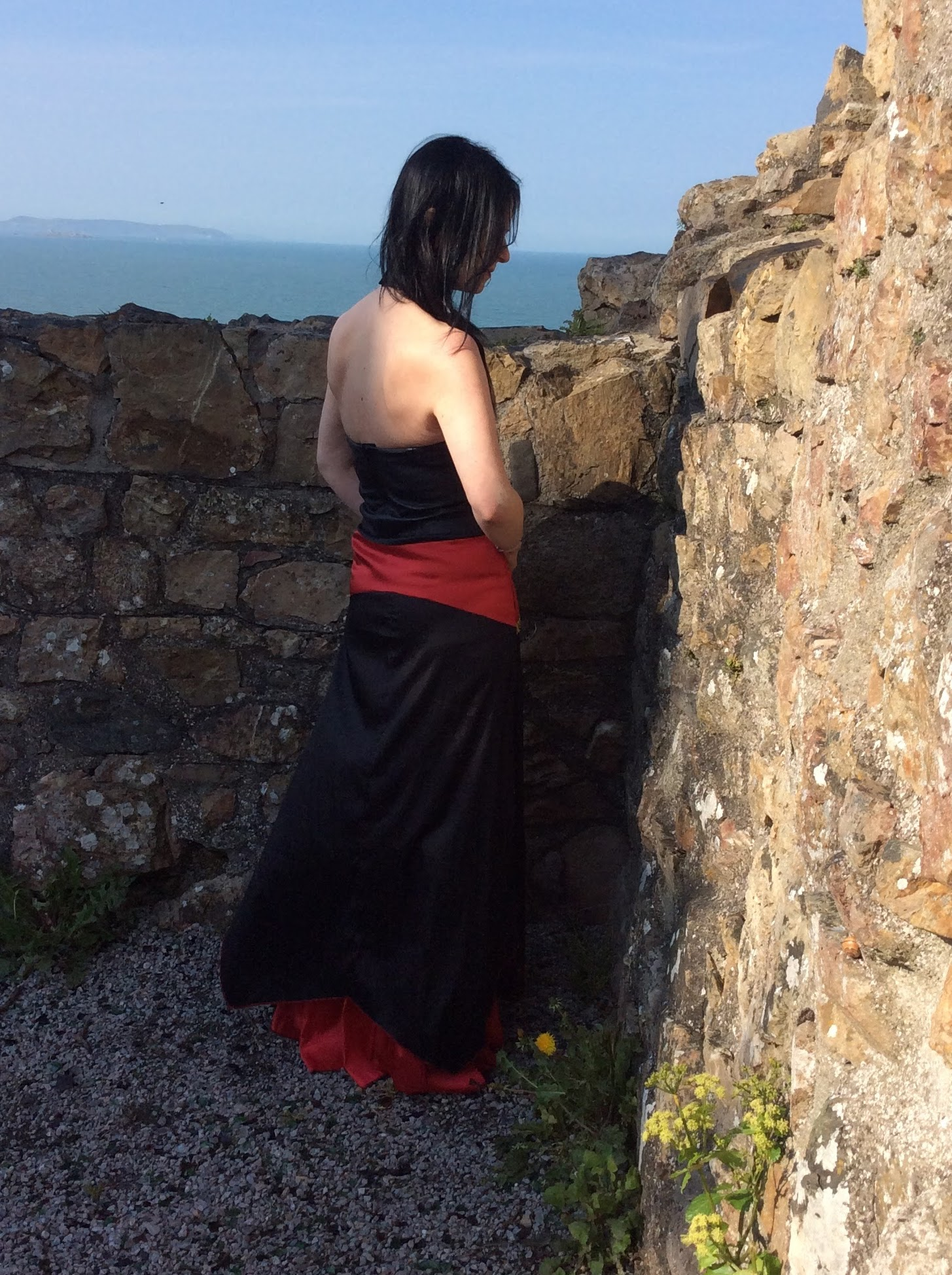 Elegant 90's vintage leather top and Indian skirt combo!