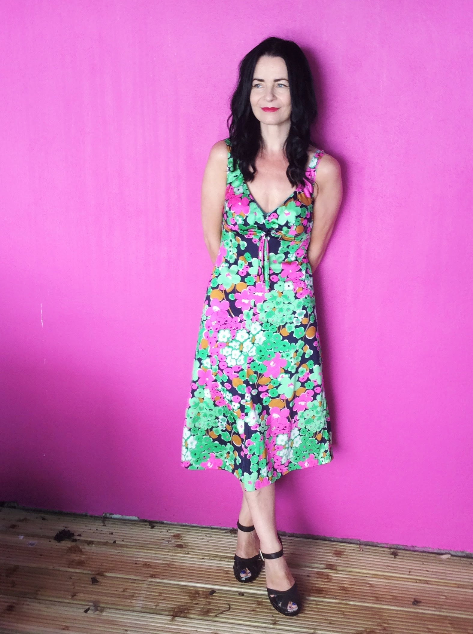 1970's Style Tea Dress. Love!