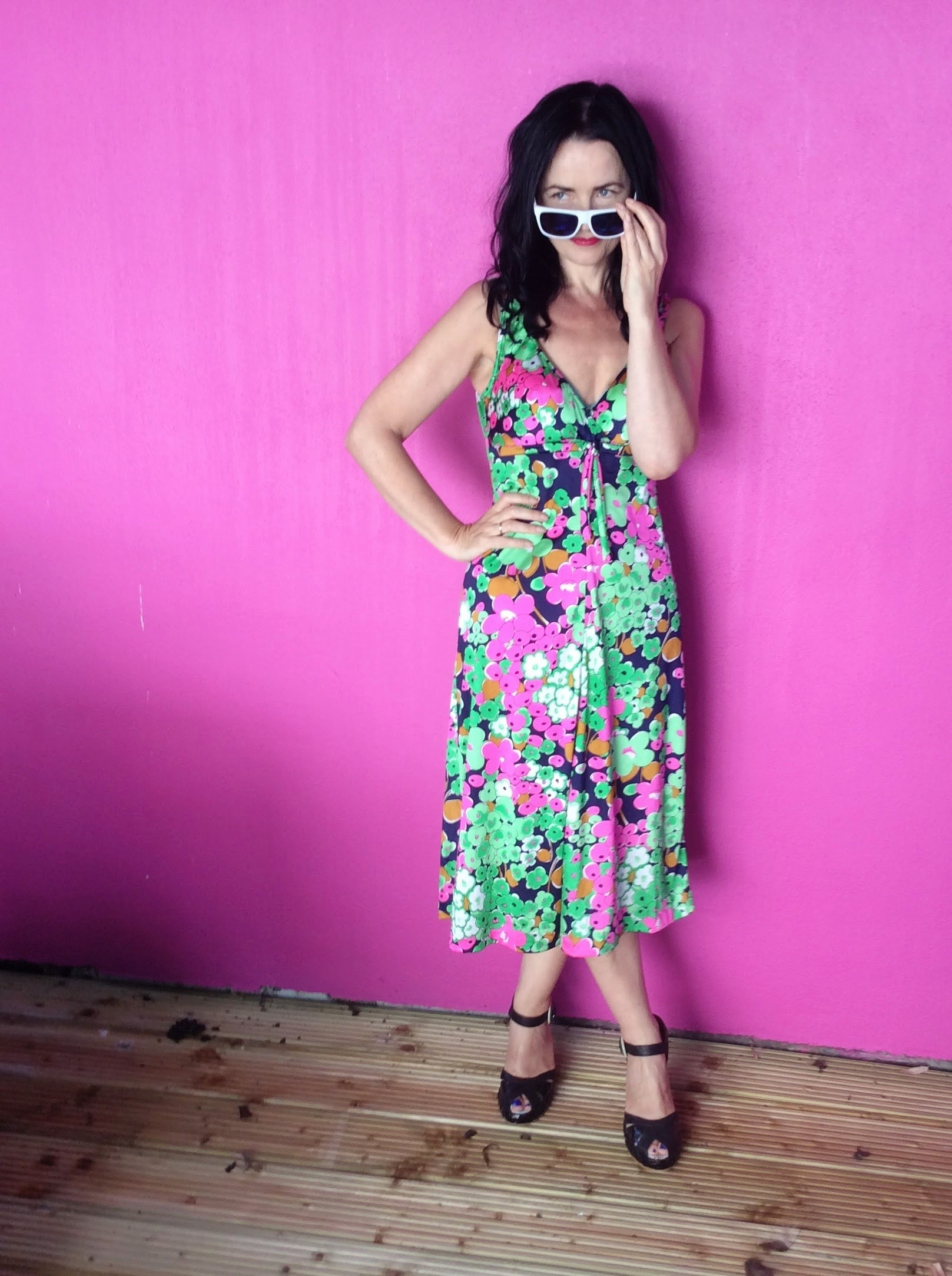 Tea Dress worn with white shades from Primark/Penneys and vintage inspired shoes from Shelly's of London.