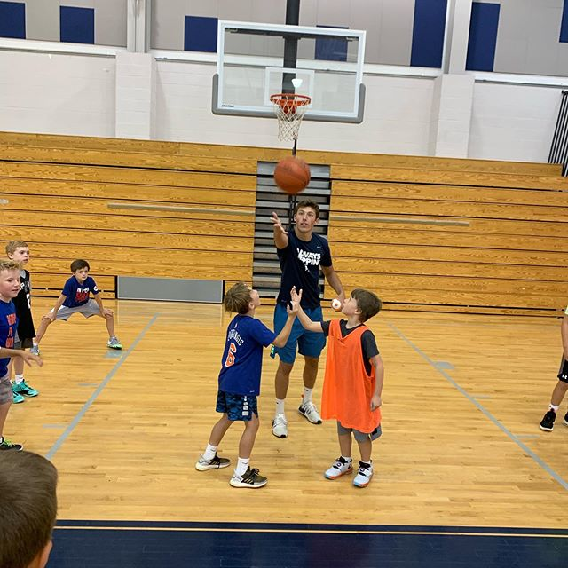 Boy's basketball practicing the open jump ball 🏀 today! #excelsummer2019 #week6challenge