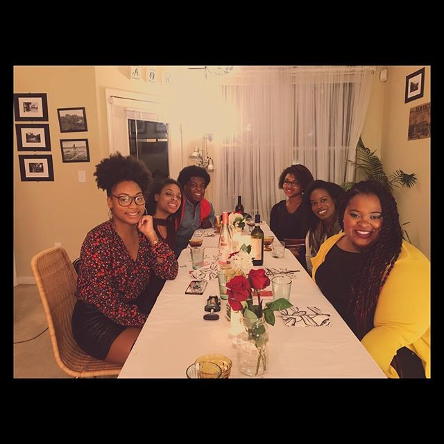 @apartment5c & @eatwith : Vegetarian Winter Feast in #ATL 🍽 A beautiful night with a lovely group! #DinnerParty 🥰 Friends, Food, Wine & Laughter ❤️ . . . . . #eatwith #friendsgiving  #playlist: #groovysmood on @spotify . . . . #dinner #eatwith #host #apartment5c #decor #menu #friendsgiving #friends #ambiance #vibes #vegetarian #vegan #foodie #eat #spotify #winter #personalchef #atlanta #cooking #menu #vegetarianrecipes #veganrecipes #homecooking #delicious #blackfoodbloggers