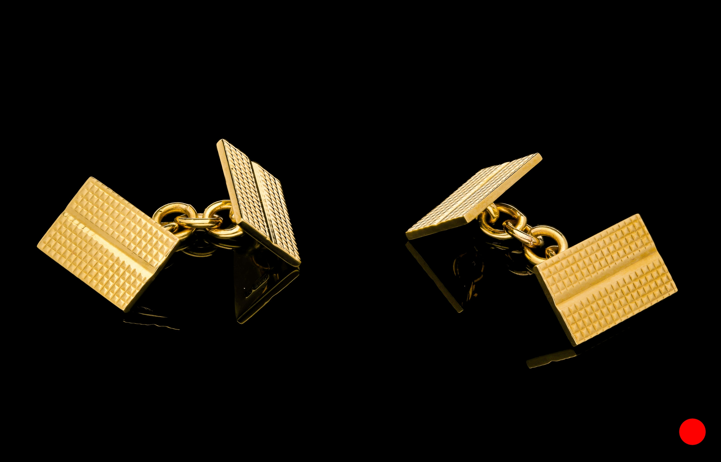 A pair of 9ct yellow gold 1940's cufflinks | £800