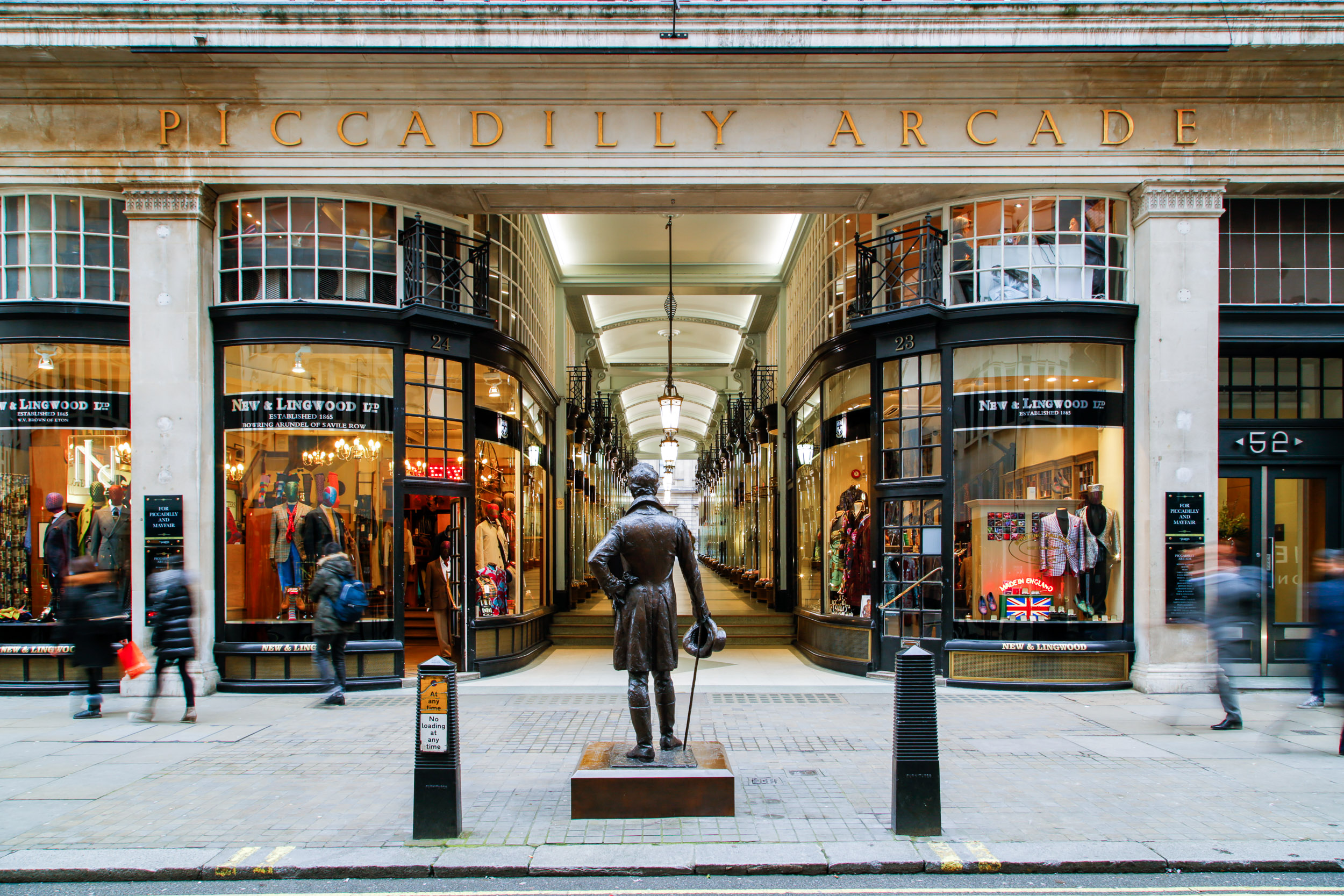 PICCADILLY ARCADE FOR PICCADILLY AND MAYFAIR