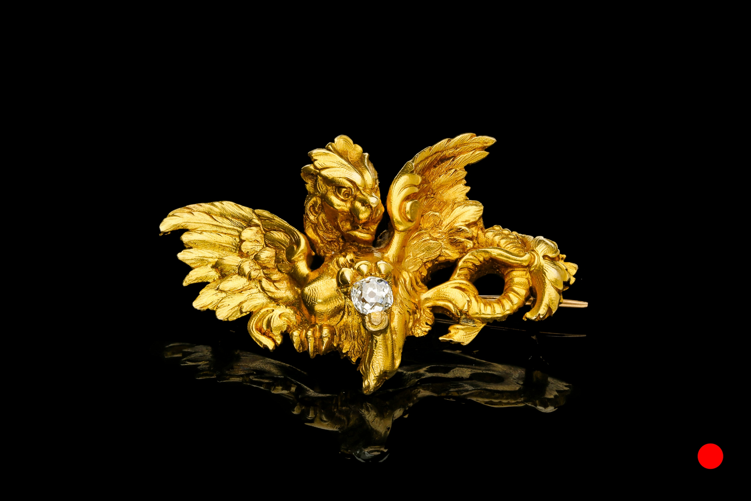 A griffin brooch | £4950